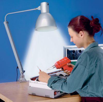 Gelenkleuchte E27 - staub-, spritzwassergeschützt, IP54 - für 14-W-Energiesparlampe