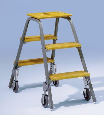 Stahlrohr-Tritt mit Holzstufen - mit 4 Bremsrollen - 4 Stufen inkl.