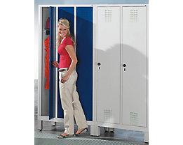 CP Garderobenschrank mit Kunststoff-Füßen - Abteilbreite 300 mm, HxBxT 1850 x 600 x 500 mm