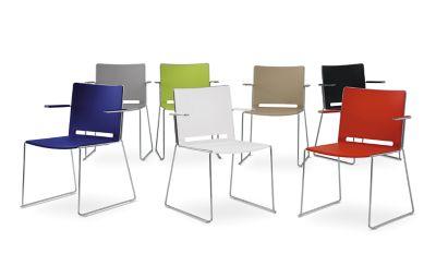 Kufentstuhl - mit Armlehne und Sitzpolster
