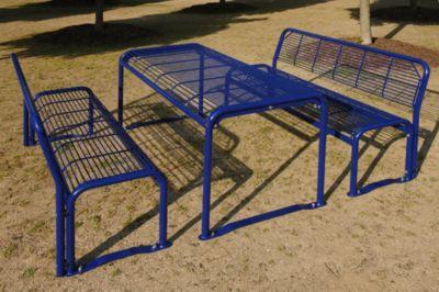 Sitzgarnitur aus Stahl - Bank, Tisch