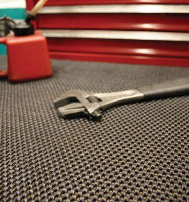 Anti-Rutschmatte, Breite 600 mm - Höhe 4 mm, schwarz