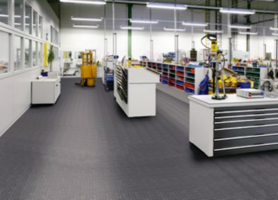 PVC-Bodenplatte, VE 8 Stk - mit genoppter Oberfläche