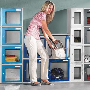 Garderobenschränke Bild
