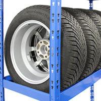 Reifenregale sichern lagern
