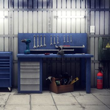 Werkbänke und Arbeitstische Bild
